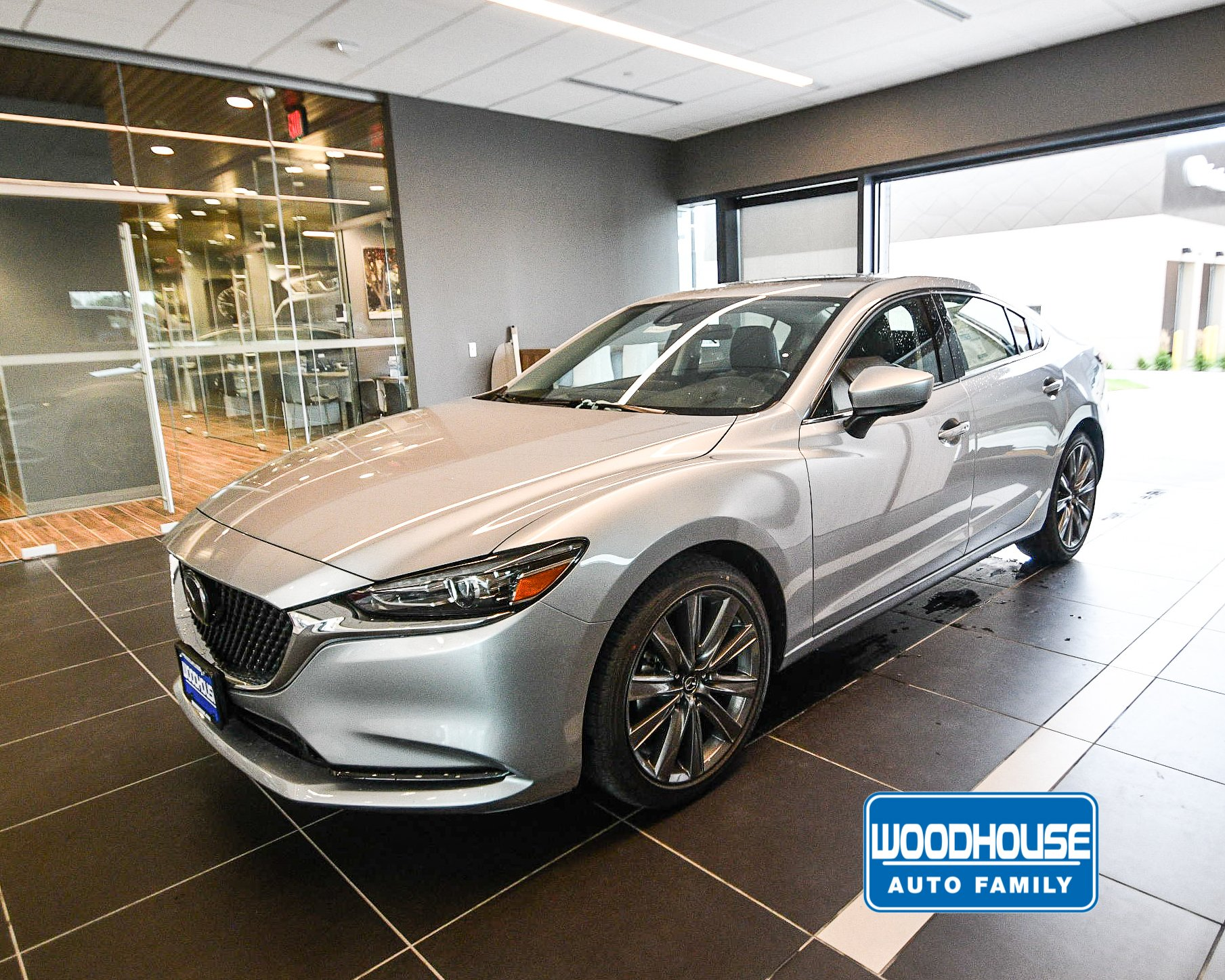New 2019 Mazda6 Touring With Navigation